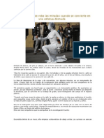 Joven Bogotana Se Convierte en Estatua Desnuda