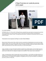 SS Francisco en Rueda de Prensa al termino del JMJ 2013 en Avión Papal
