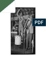 456px-Lionel Hampton and Arnett Cobb%2C Aquarioum%2C NYC%2C CA. June 1946 %28Gottlieb%29[1]