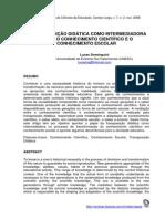 A TRANSPOSIÇÃO DIDÁTICA COMO INTERMEDIADORA ENTRE O CONHECIMENTO CIENTÍFICO E O CONHECIMENTO ESCOLAR.pdf