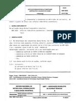 ABNT NBR 5533 - Veiculos Rodoviarios Automotores - Carrocari.pdf