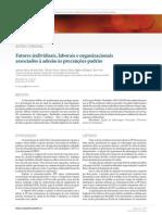 Fatores individuais, laborais e organizacionais associados à adesão às precauções padrão