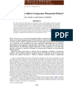 Do peer firms affect corporate financial policy