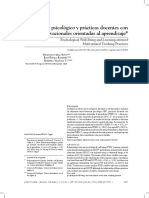 Bienestar Psicologico y Practicas Docentes Con Efectos Motivacionales Orientadas Al Aprendizaje