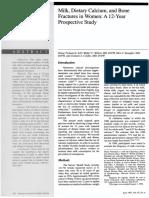 Artigo_Milk, Dietary Calcium, and Bone fractures in women.pdf