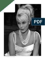 106251468-Theodor-W-Adorno-Transparencias-cinematograficas.pdf