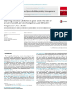 Improving consumer satisfaction in green hotels.pdf