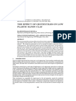 THE EFFECT OF GEOTEXTILES ON LOW PLASTIC SANDY CLAY