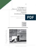 A abordagem e a clínica no atendimento aos moradores de rua portadores de sofrimento psíquico.pdf