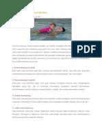 Manfaat Melatih Berenang Sejak Bayi