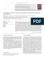 The influence of sodium and potassium hydroxide on alite hydration