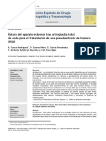 2010 Rotura del aparato extensor tras artroplastia total de codo para el tratamiento de una pseudoartrosis de húmero distal