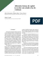 Os efeitos das diferentes formas de capital no desempenho escolar. um estudo à luz de Bourdieu e de Coleman.pdf
