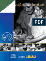 ALFABETIZAÇÃO COMO LIBERDADE.pdf