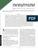 El volúmen de entramiento mejora la hipertrofia muscular pero no la fuerza en hombres entrenados.pdf