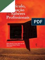 Curriculo,formaçao e saberes_com marcação.pdf