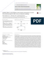 Synthetic fibers as microplastics in the marine environment.pdf