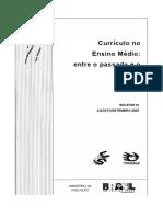 História do currículo e tradição escolar.pdf