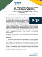 DESENVOLVIMENTO PROFISSIONAL DE FUTUROS PROFESSORES DE MATEMÁTICA EM UM PERCURSO FORMATIVO EXTRACURRICULAR DE MONITORIA SEMIPRESENCIAL