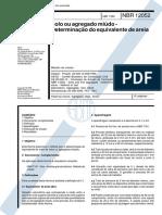 NBR 12052 - 1992 - Solo Ou Agregado Miúdo - Determinação de Equivalente de Areia