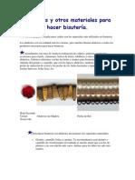 Abalorios y otros materiales para hacer bisutería