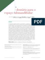 Araujo - Deslocamento de implante dentario para o espaço submandibular - 2015
