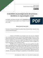 Dos processos identitários às representações sociais