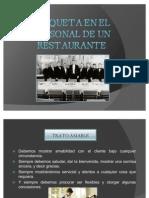 Etiqueta en El Personal de Un Restaurante