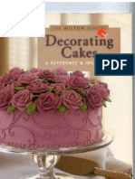 Decorating Cakes