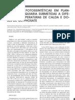 Respostas fotossintéticas em plantas de Brachiaria submetidas a diferentes temperaturas da calda e doses de gliphosate