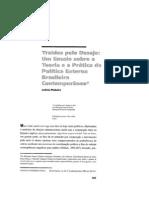 Pinheiro, Letícia - Traídos pelo desejo. Um ensaio sobre a teoria e a prática da política