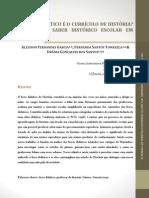 O livro didático é o currículo de históruia Análise do saber histório escolar em Morrinhos