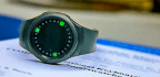Rotating Keyboard Lets You 'Type' on Your Watch