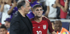 Bruce Arena Resigns As US Soccer Coach