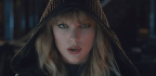 Taylor Swift Faces Off With Taylor Swift In '...Ready For It?'