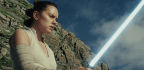 'The Last Jedi' Brings Emotion, Exhilaration and Surprise Back to the 'Star Wars' Saga
