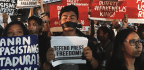 Filipino Bloggers Rally to Defend Rappler News Site