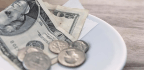 White House Plan Giving Restaurant Owners More Control Over Tips Under Fire