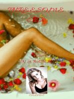 Threesome Sex In a Bath Tub