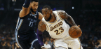 LeBron James Participates In Lakers Shootaround A Day Before Next Medical Evaluation