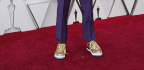 Spike Lee Pays Tribute To Prince On The Oscars Red Carpet