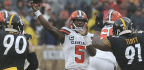 Chargers Sign Tyrod Taylor To Back Up Quarterback Philip Rivers, Keep Brandon Mebane