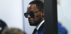Judge To Consider Allowing Cameras At R. Kelly's Court Hearings