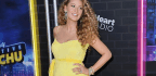 Blake Lively Re-Created Her Best Maternity Style Moment Ever to Show the World She's Expecting