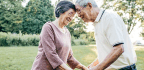 These 8 Skills Boost Spirits Of Dementia Caregivers